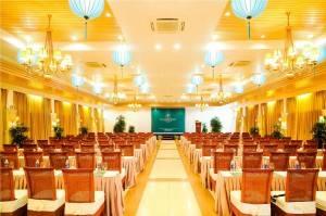 Palm_garden_beach_resort_hoi_an_meeting1