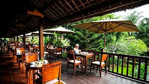 palm-garden-beach-resort-hoi-an-restaurant