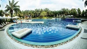 palm_garden_beach_resort_hoi_an_pool