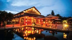 palm_garden_beach_resort_hoi_an_terrace