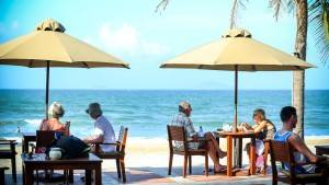 palm_garden_beach_resort_spa_hoi_an_breeze_bar