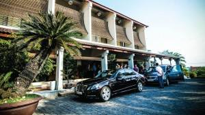 palm_garden_beach_resort_spa_hoi_an_car