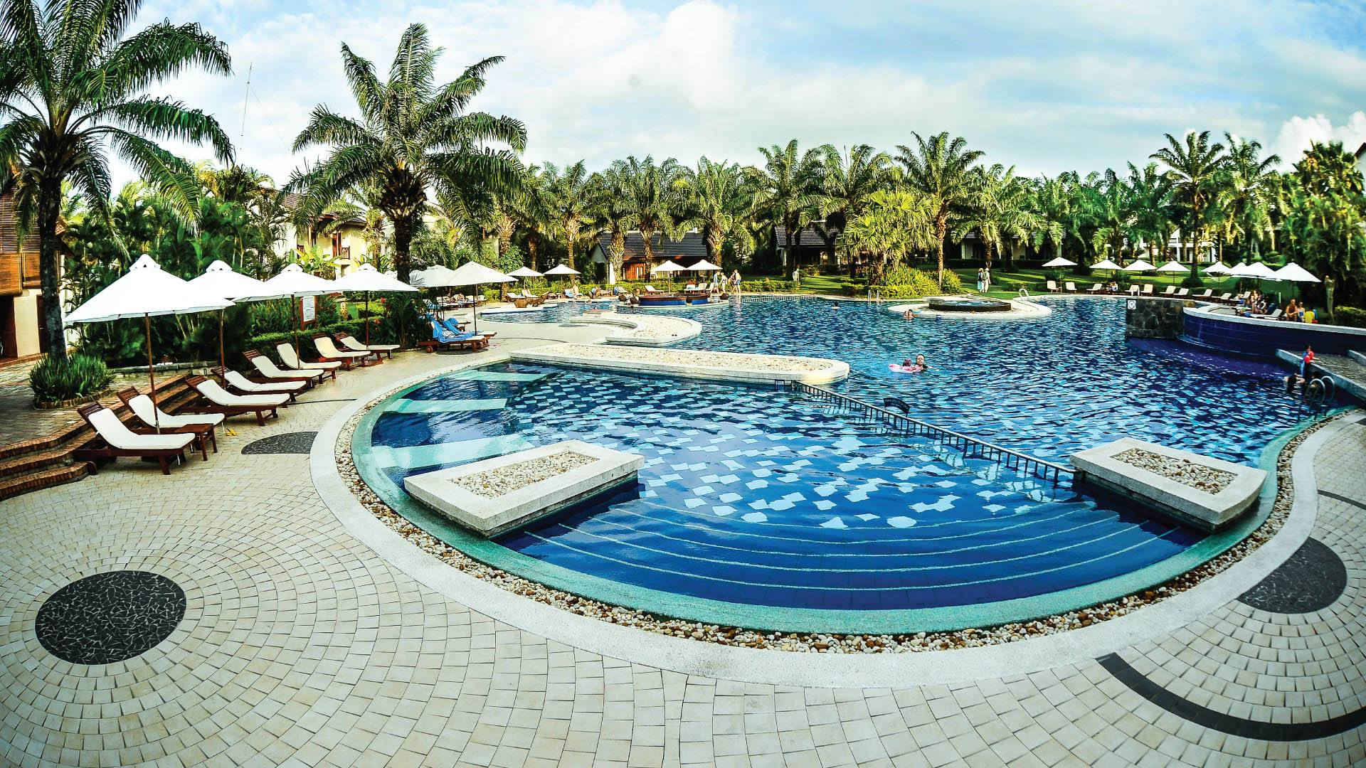 beach resort hoi an