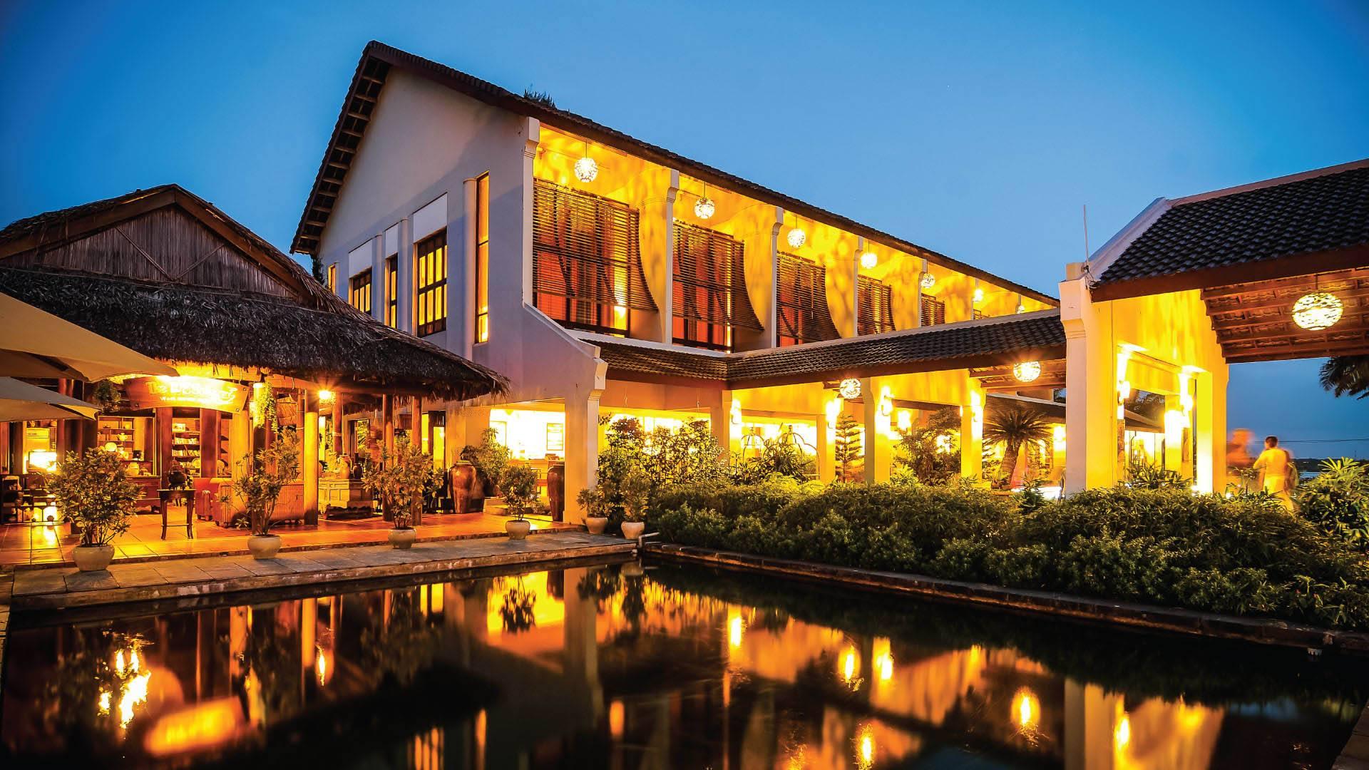 palm_garden_beach_resort_spa_hoi_an_traditional_style